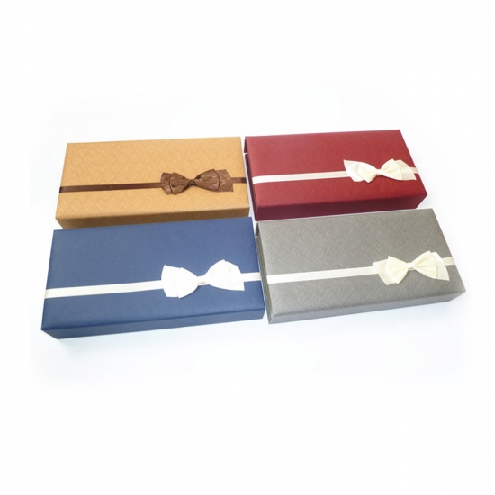 Magnetic boxes with ribbon